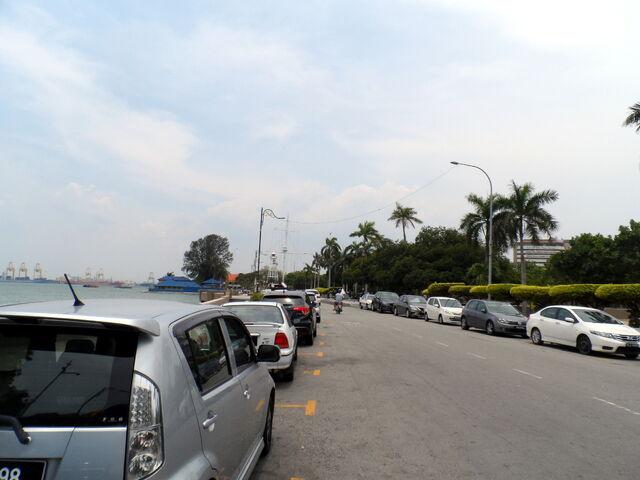 File:Jalan Tun Syed Sheh Barakbah, George Town, Penang (2).JPG