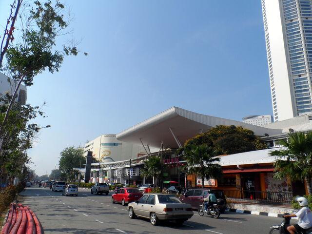 File:Prangin Road, George Town, Penang.JPG