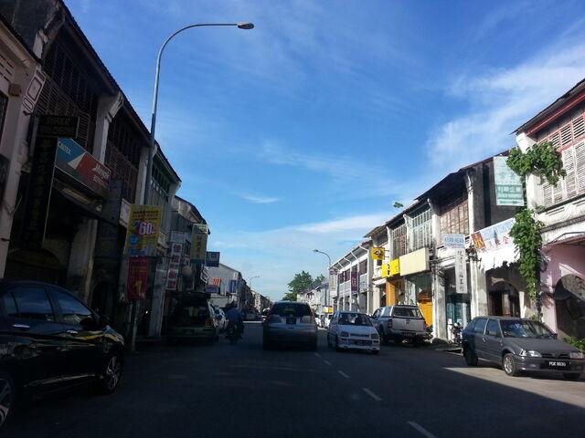 File:Bridge Street, George Town, Penang.jpg