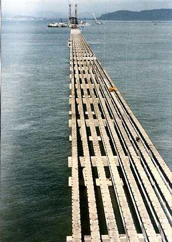 File:Penang bridge under construction.jpg