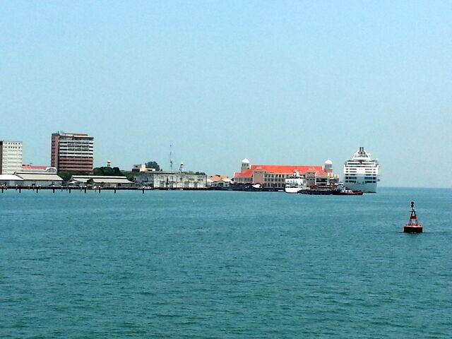 File:Swettenham Pier, George Town, Penang-0.jpg