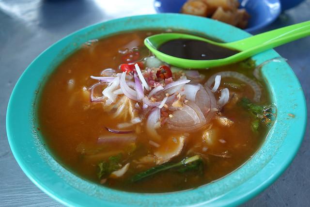 File:Jelutong asam laksa, George Town, Penang.jpg