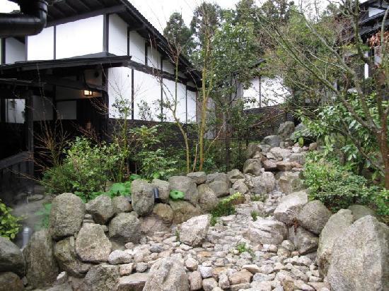 File:Fukuoka house.jpg