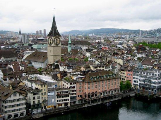 File:2414177-Historic Zurich-Zuerich.jpg
