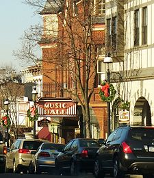 File:Tarrytown Main Street.jpg
