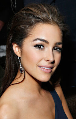 Olivia-Culpo-Young-Professionals-For-210-Gala-in-NYC-10