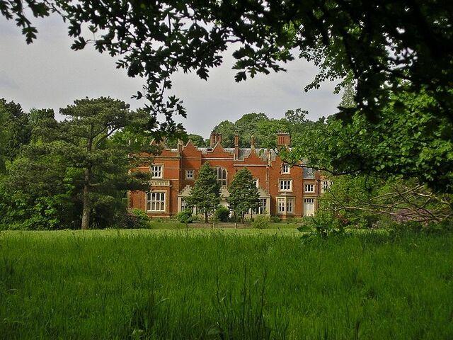 File:Abney Hall.jpg