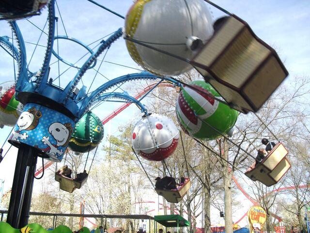 File:Peppa's Balloon Race.jpg