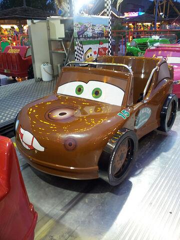 File:Mater on Race-O-Rama ride.jpg