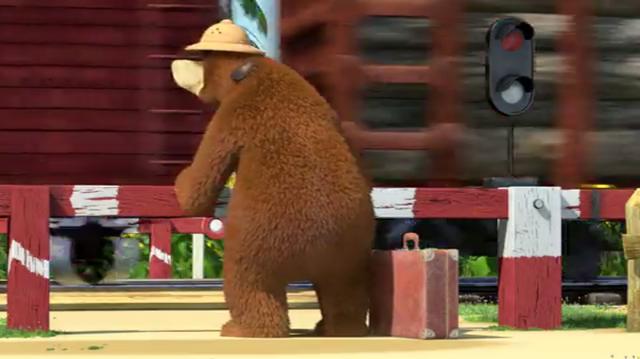 File:Masha and the Bear Railroad Crossing Bon Voyage 08.png