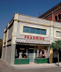 Francine Dress Shop-icon