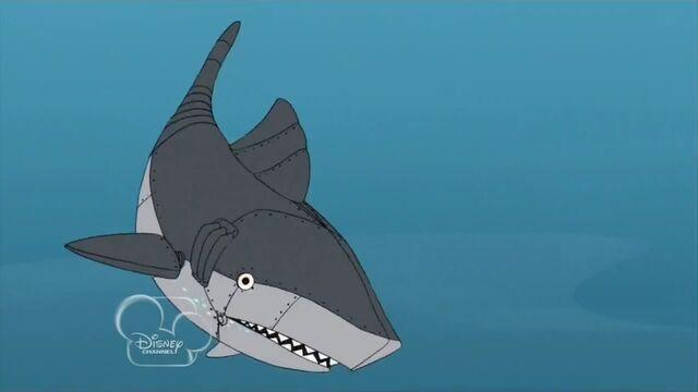 File:Mechanical Shark underwater.jpg