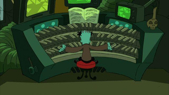 File:Franken-Ferb on the organ.jpg