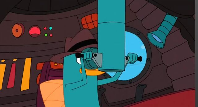 File:Looking through the periscope.jpg