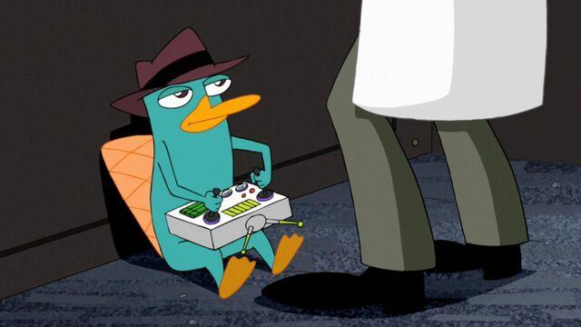 File:Agent P controlling Doofenshmirtz.jpg