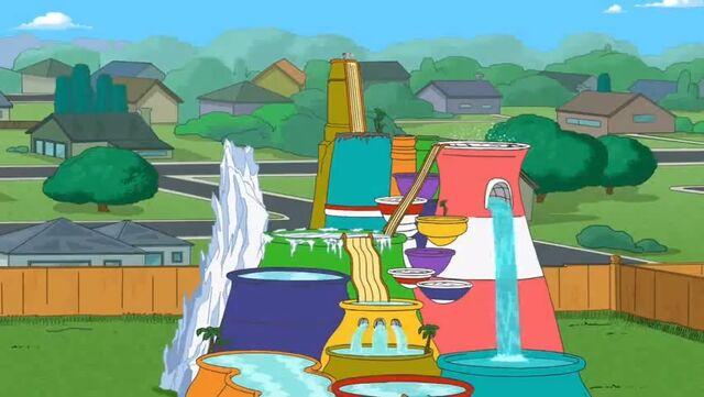 File:Giant wading pool.JPG