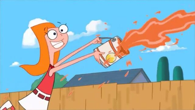 File:Candace tosses the paint.jpg