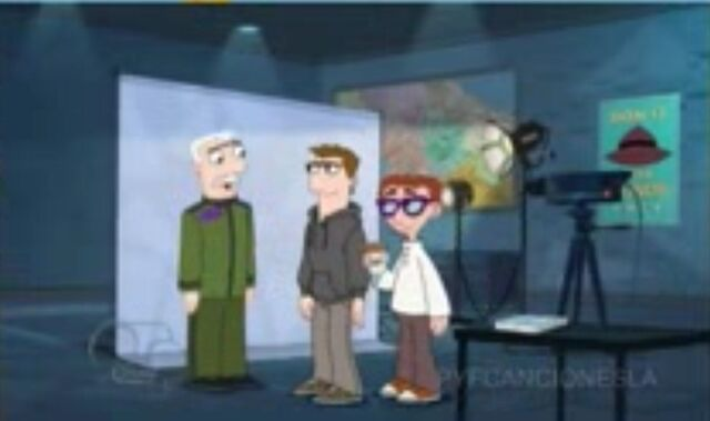 File:Major, Monty, and Carl on Perry's screen.jpg