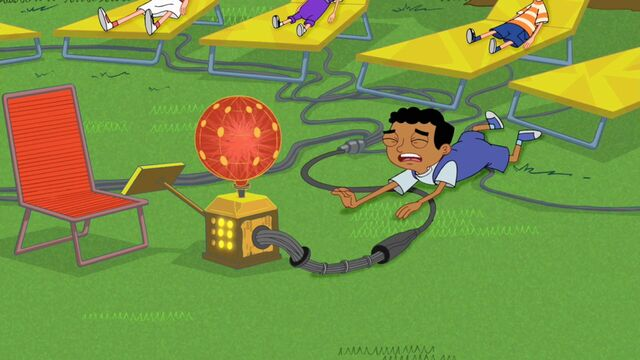 File:Baljeet trying to destroy the machine.jpg