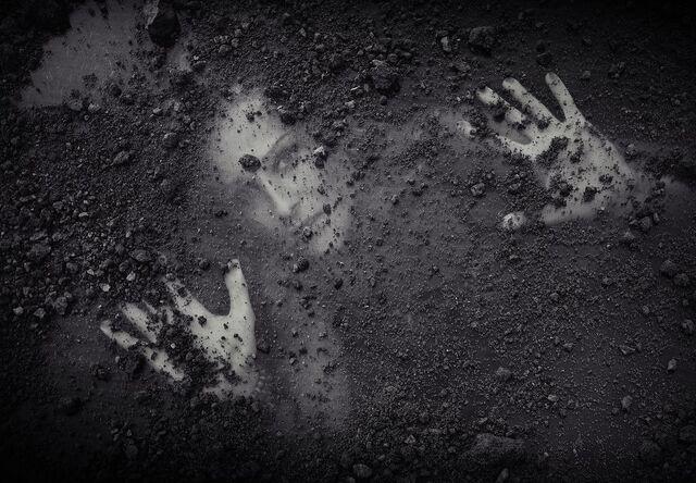 File:Buried Alive.jpg