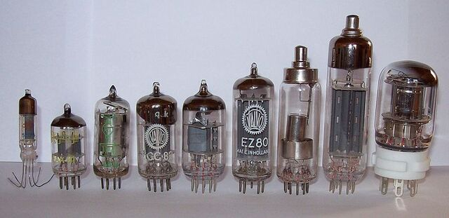 File:Diodes.jpg