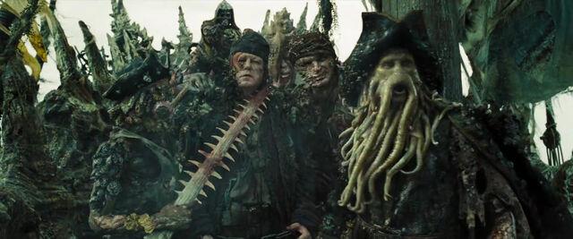 File:Davy Jones Crew Summon Kraken DMC.jpg