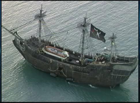 File:Pirates4 photo 1.jpg