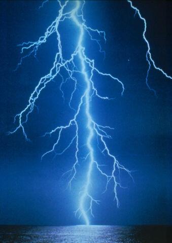 File:Lightning stike.jpeg