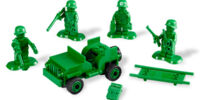 7595 Army Men on Patrol