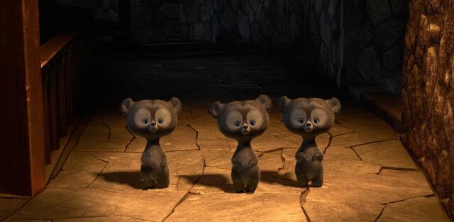 File:Brave-three-cubs.jpg