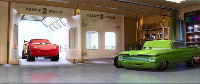 File:Cars2-disneyscreencaps.com-2007.jpg