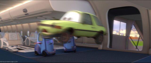 File:Cars2-disneyscreencaps.com-5372.jpg