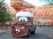 Cars Land Santa Mater