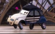 Cars 2 louis larue screenshot crop
