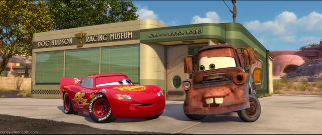 File:Cars2-disneyscreencaps.com-1101.jpg