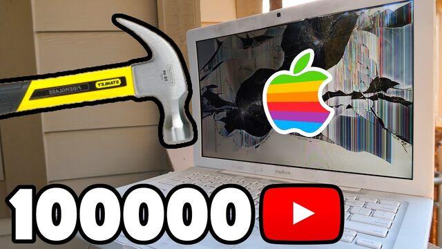 File:Macbook.jpg