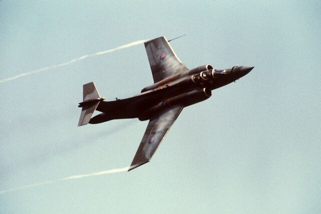 File:Blackburn Buccaneer S2B Mildenhall 1988-01.jpg