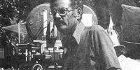 Arnold Laven