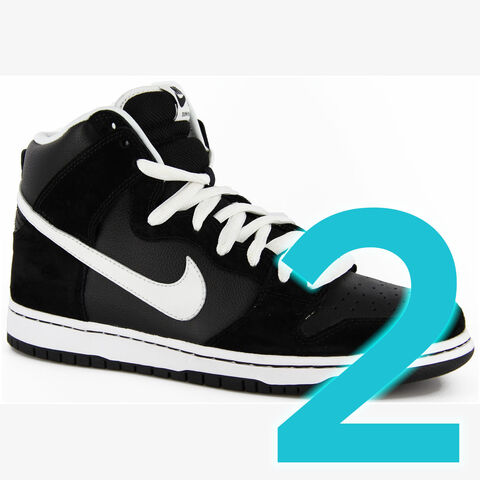 File:Nike-sb-dunk-high-pro-sb-skate-shoes-black-whit2.jpg