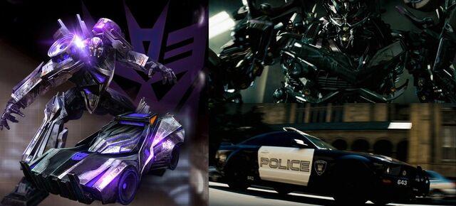 File:Transformers-wfc-vs-tf1-barricade.jpg