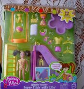 Polly Pocket Splashin' Fashion Super Slide Lila