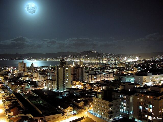 File:Lisboa luz.jpg