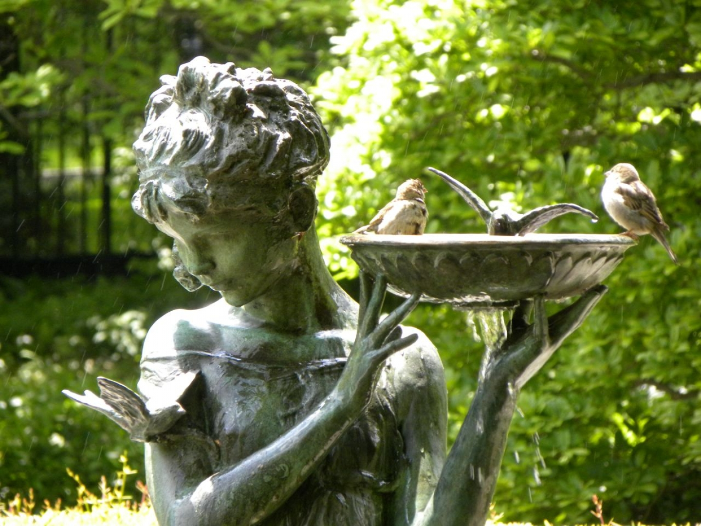 Image 49113 garden statue beautiful girl and little for Old tin baths for sale