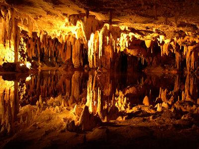 Reflecting cavern lake