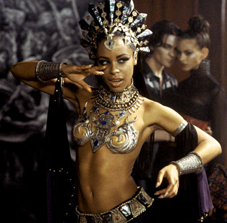 File:Aaliyah as Akasha, Queen of the Damned.jpg
