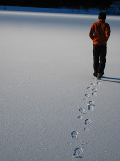 File:Walking-away.jpg