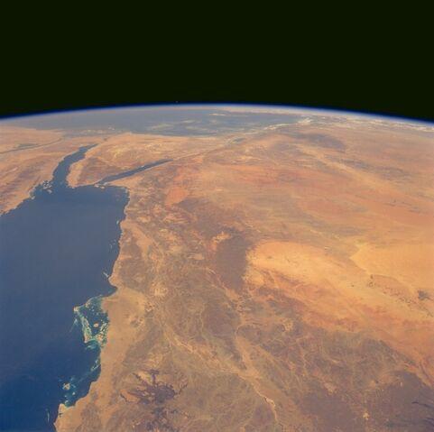 File:Hijaz-Mountains-and-Nafud-Desert-Saudi-Arabia-June-1991.jpg