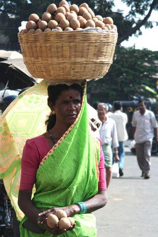 File:Mysore woman balancing basket.jpg