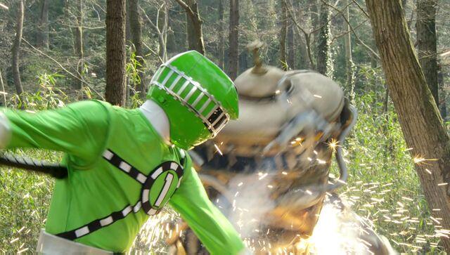 File:ToQger 5 - Green ToQ 1gou.jpg