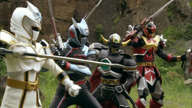 File:Four Extra Hero Clones in the Ginga Forest.jpg